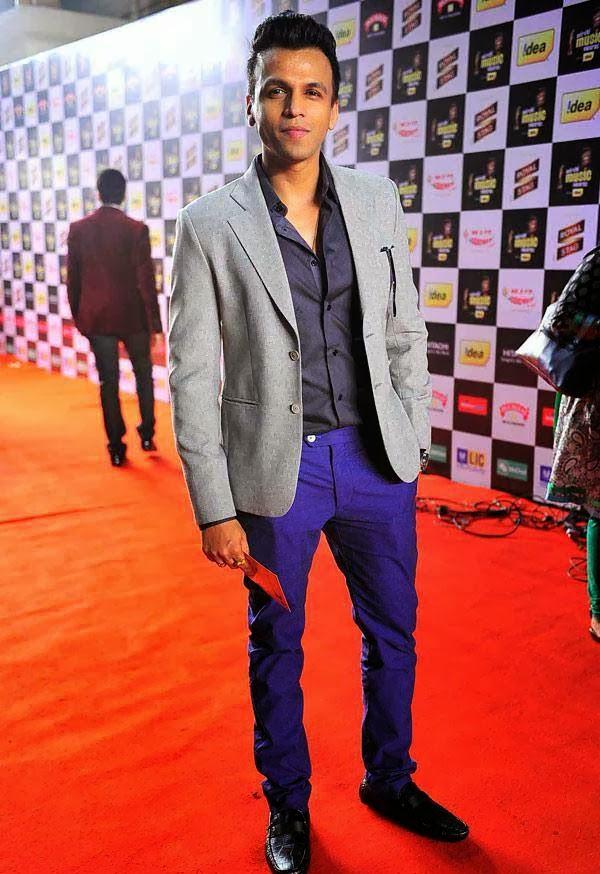 Abhijeet Sawant at Mirchi Music Awards 2014