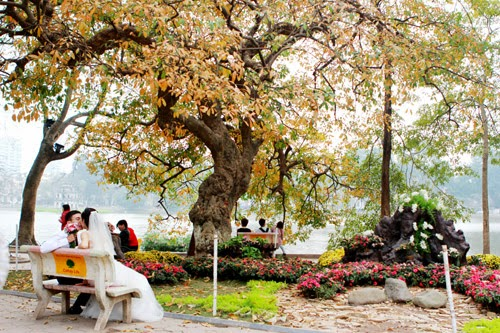 Hồ Gươm và Phố cổ - Địa điểm chụp ảnh đẹp ở Hà Nội