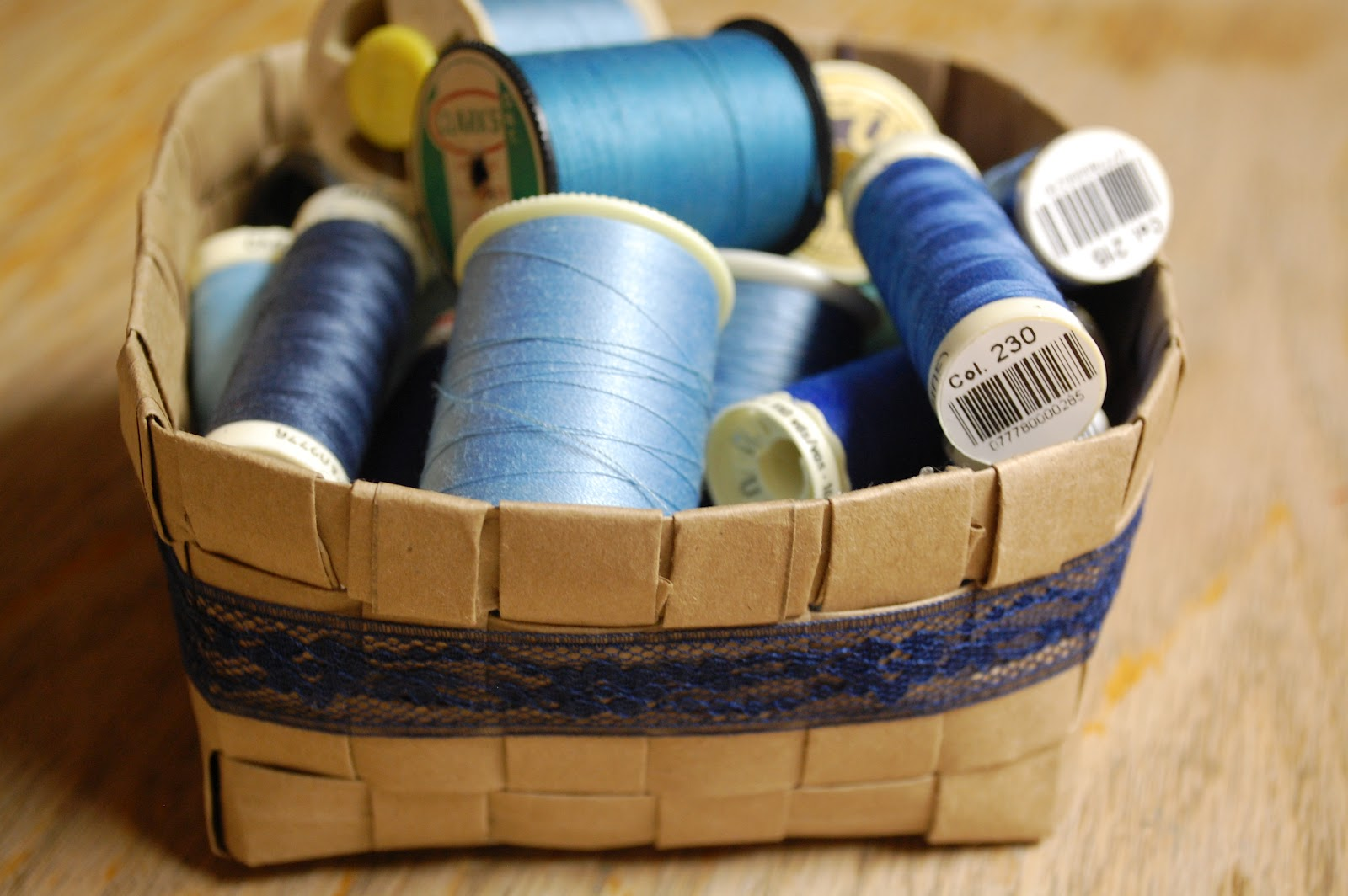 Tangled Threads By Jen From Paper Bag To Basket Upcycle