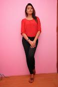 Madhu shalini latest glam pics-thumbnail-3