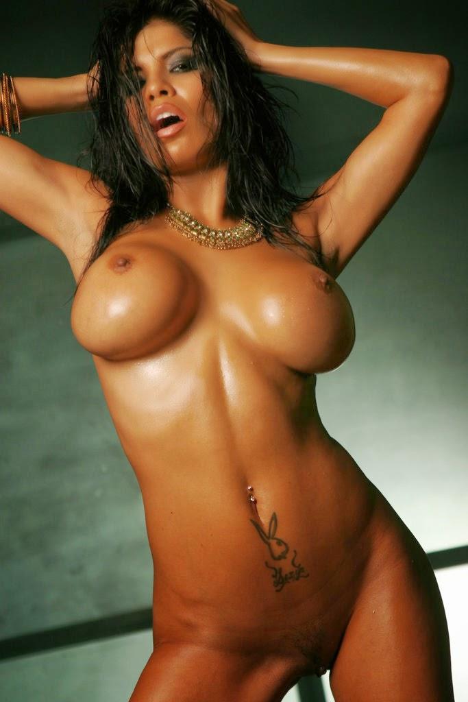 Fine latina tits