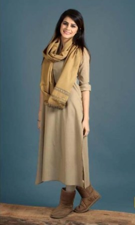 Winter-Shawls-Woolen-Designs