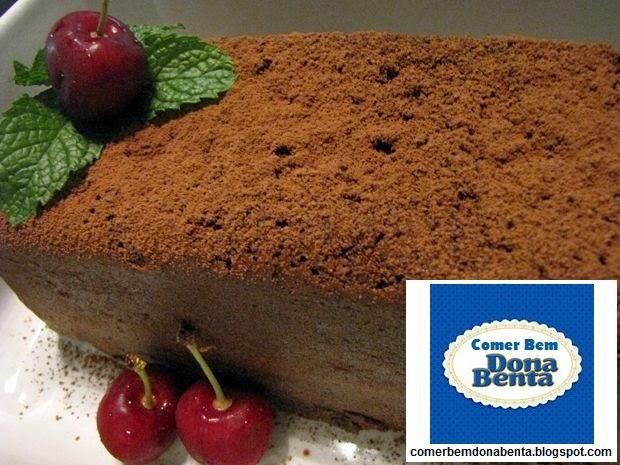http://comerbemdonabenta.blogspot.com/2014/06/receita-de-bolo-de-chocolate.html