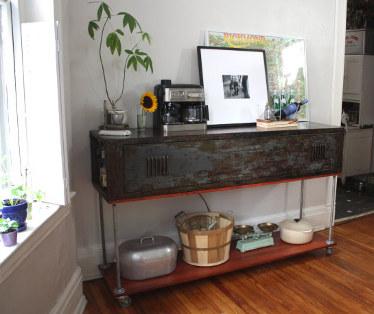 From Old Army Locker To Kitchen Console Bar!