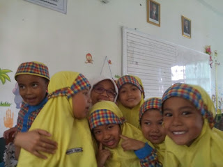 senyum kelas 1B SD Islam As-Salam