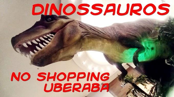 Dinossauros no Shopping