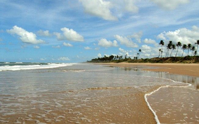 Camping no brasil praias de nudismo massarandupi ba for Paginas de nudismo
