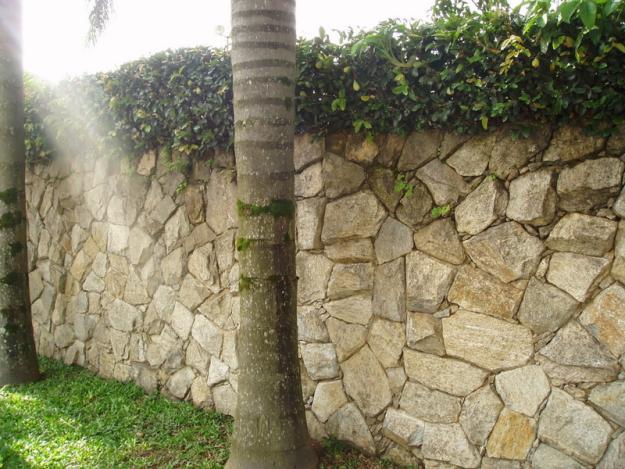 escada decorativa para jardim: de piso cerâmico porcelanato rio de janeiro rj: Colocação de pedras