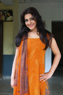 Sandhya in Sleeveless Salwar Kameez Latest Picture Gallery