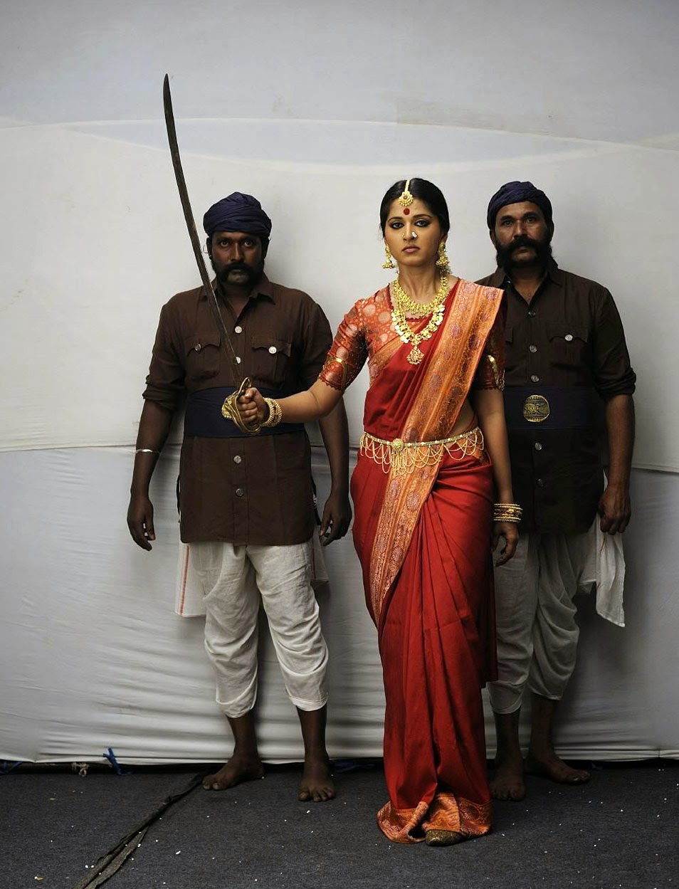 Rudrama devi movie release date