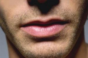 Cara Memerahkan Bibir Secara Alami, Cepat dan Mudah