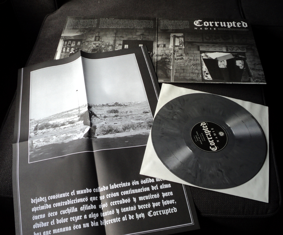 "COLLECTOR'S THRONE: CORRUPTED nadie 12"" EP gatefold"