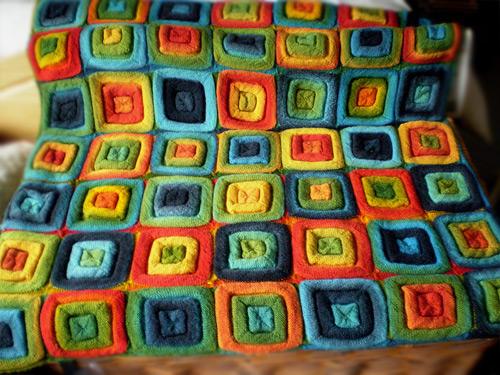 Mes favoris tricot crochet mod le tricot gratuit le plaid squares on the roll - Modele plaid tricot gratuit ...