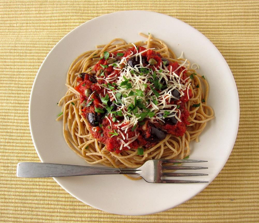 last call for corn: spaghetti alla puttanesca