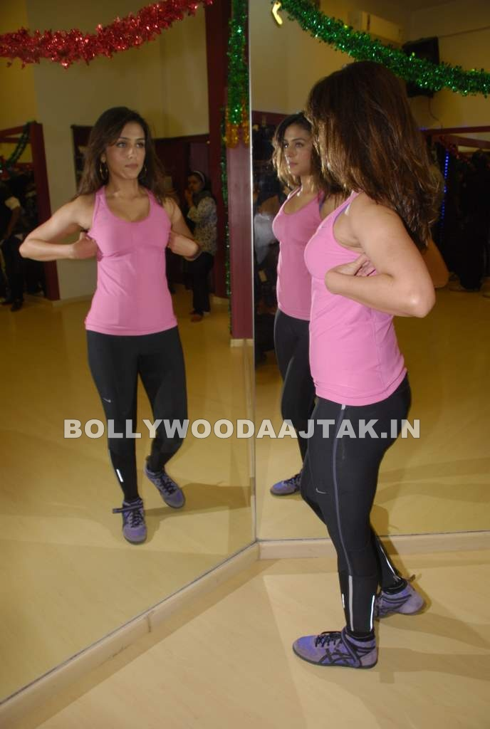Aarti Chabbria1 - Aarti Chabbria practises for New Year's bash