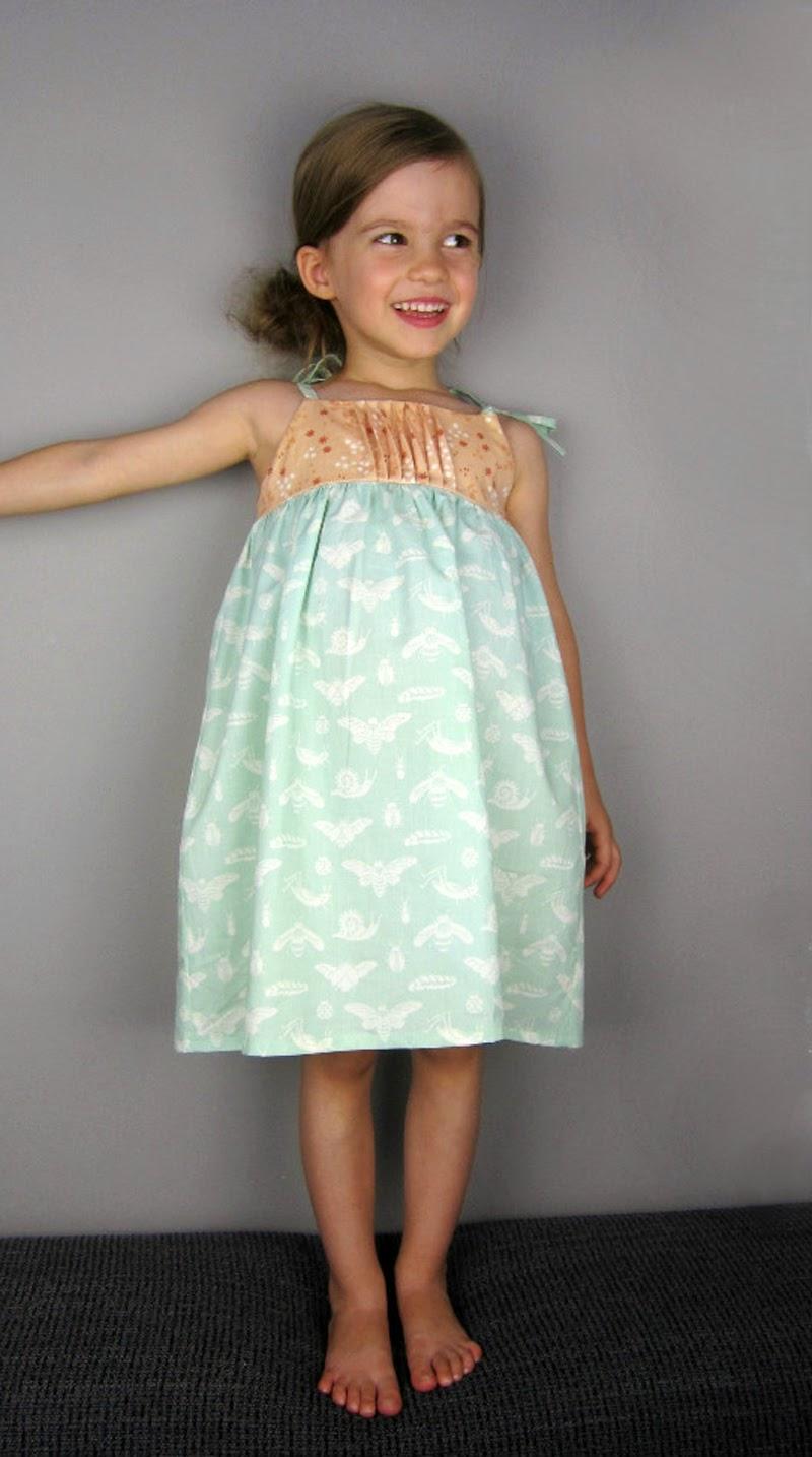 http://www.sewmamasew.com/2014/08/saudade-sun-dress-top/
