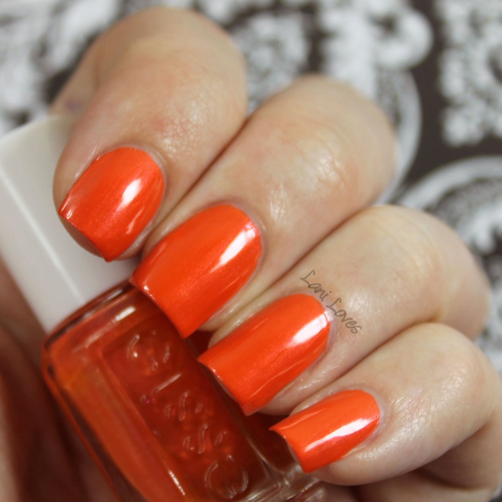 Essie Braziliant Swatch