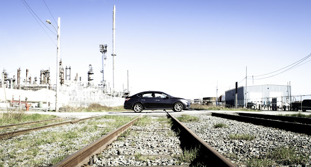 2013 Nissan Sentra SR train tracks
