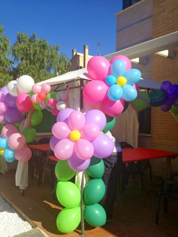 Decoraci n con globos mariposas imagui for Decoracion de supermercados