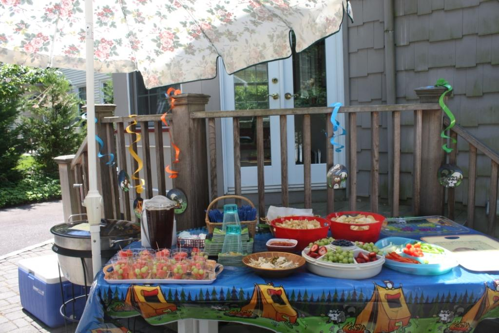 The grandma chronicles an old fashioned backyard birthday for Backyard ideas for adults