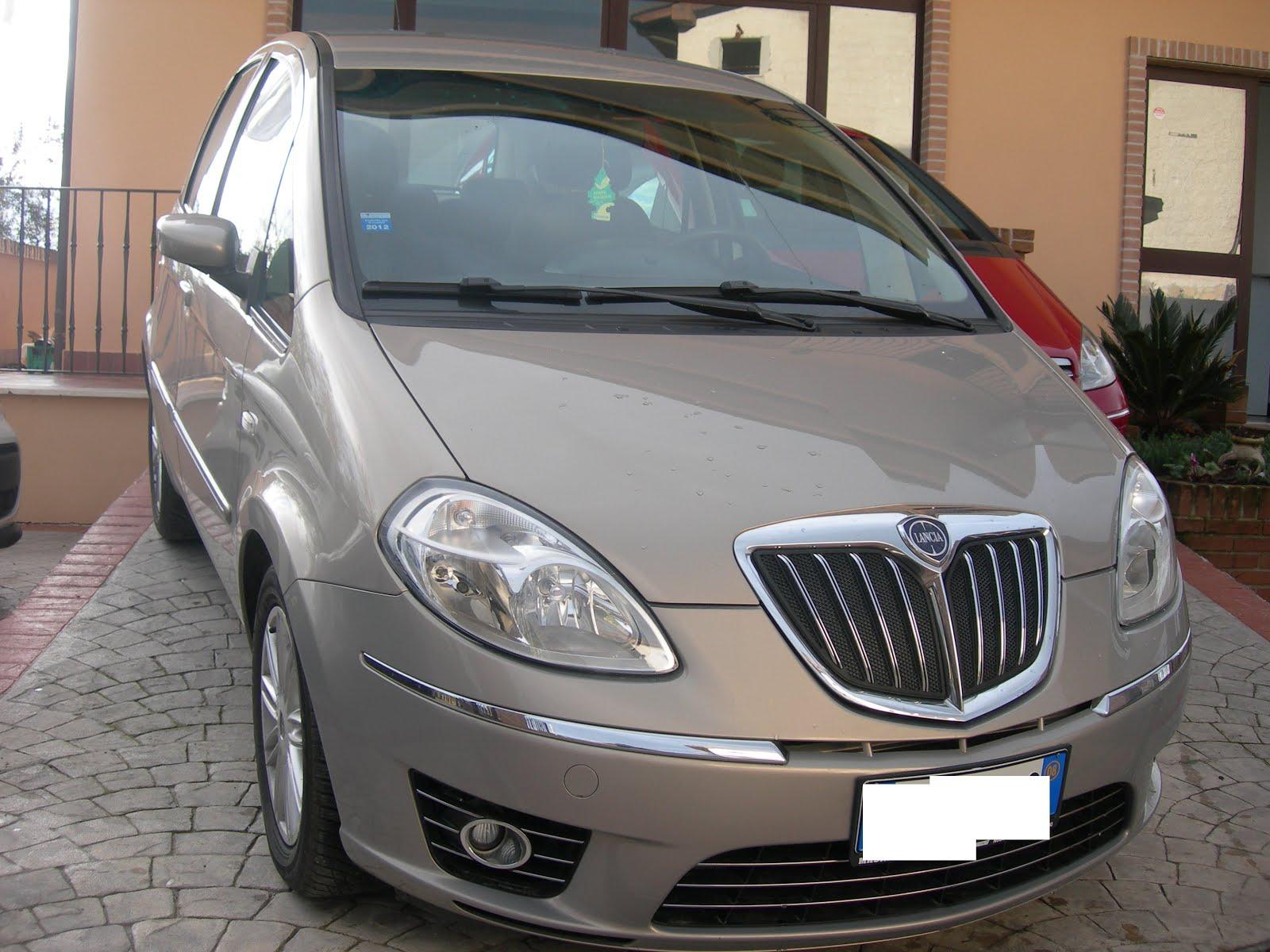 LANCIA MUSA 1.4  BENZINA CAMBIO AUTOMATICO 90 CV CON 75.000 KM  MODELLO ORO PLUS