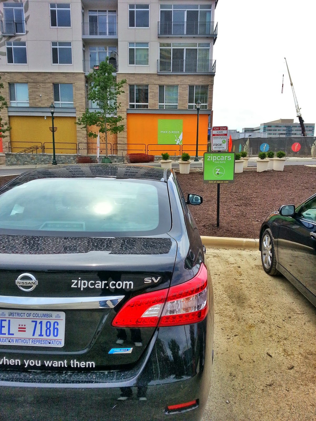 Robert Dyer Bethesda Row ZIPCARS ON SITE AT PIKE AND ROSE PHOTO