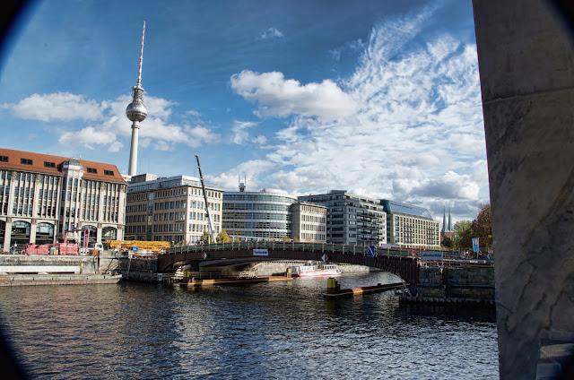 Baustelle Museumsinsel, Friedrichsbrücke, Brückensanierung, Bodestraße, 10178 Berlin, 21.10.2013