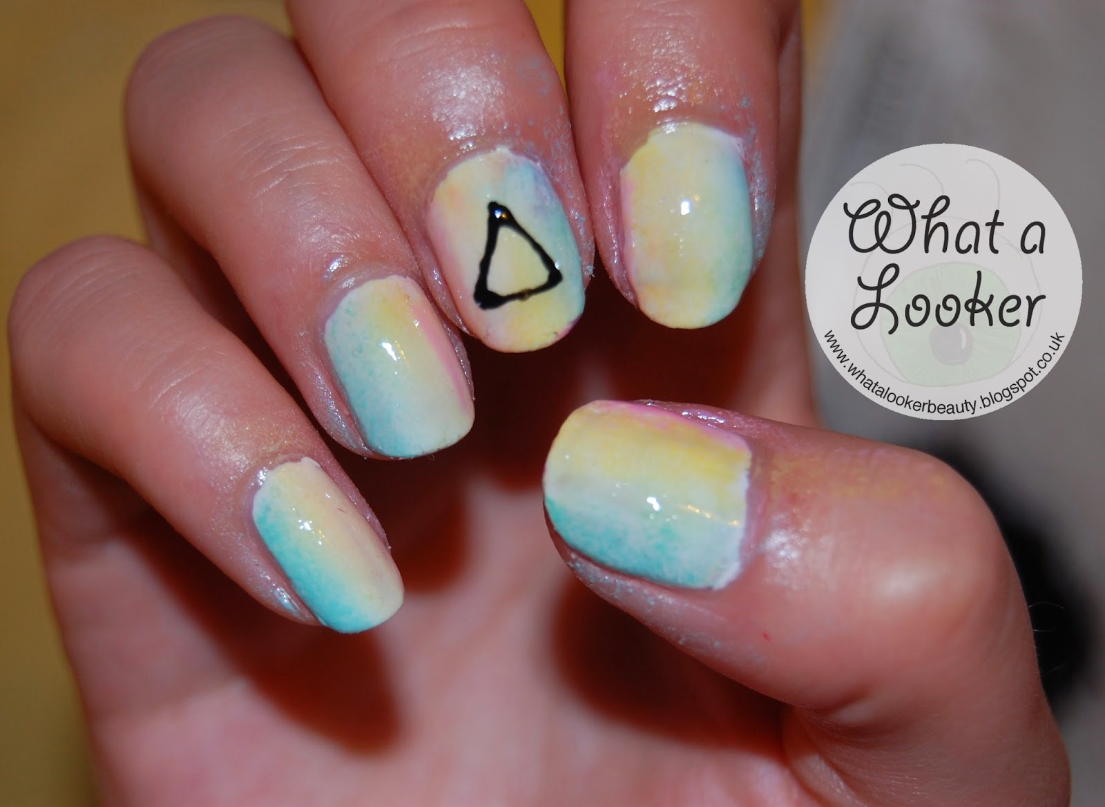 what a looker: Katy Perry Prism Nail Art