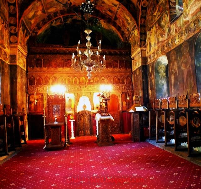 interior biserica mogosoaia