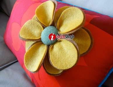 Hướng dẫn cách tự làm gối hoa handmade từ vải dạ xinh xắn