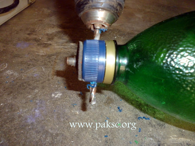 how to make a homemade water bottle pipe