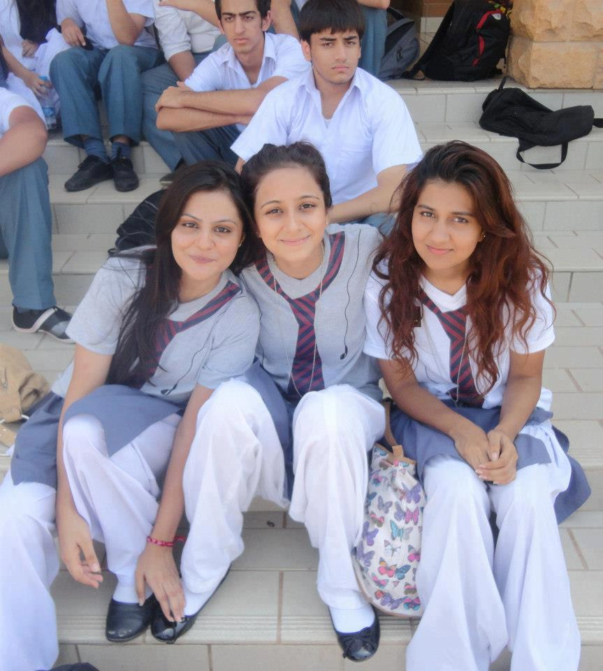 pakistani school girls - photo #3
