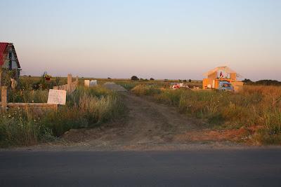 Loturi de casa comuna Berceni cu utilitati