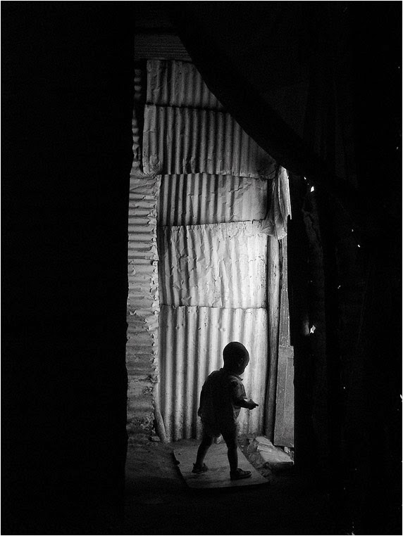 Compact Camera, Best Photo of the Day in Emphoka by Laboratoire de l'hydre, Sony DSC-P100, https://flic.kr/p/9epczm