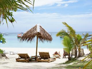 http://3.bp.blogspot.com/-2lb2Rkgd2Do/TWBV0tKBAkI/AAAAAAAAAEY/19cEq2KFf0E/s1600/beach_vacation-dsc04627.jpg