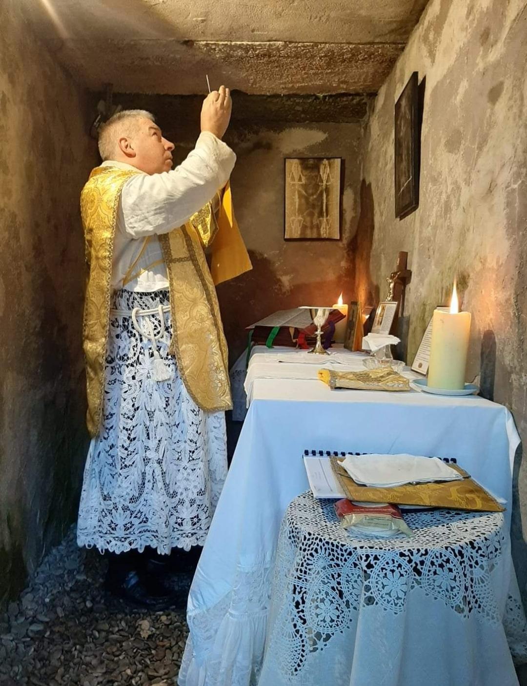 Donacije za tradicionalni katolički apostolat FSSPX-a (Svećeničko Bratstvo sv. Pija X.)