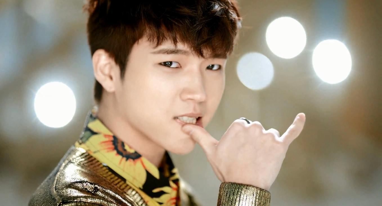 Sungjong man in love
