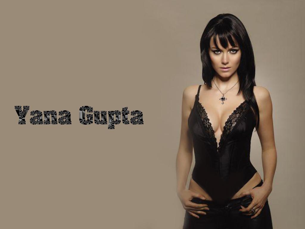 Checkout more hot Yana Gupta photos