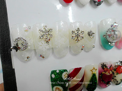Snow Flakes Nail Design