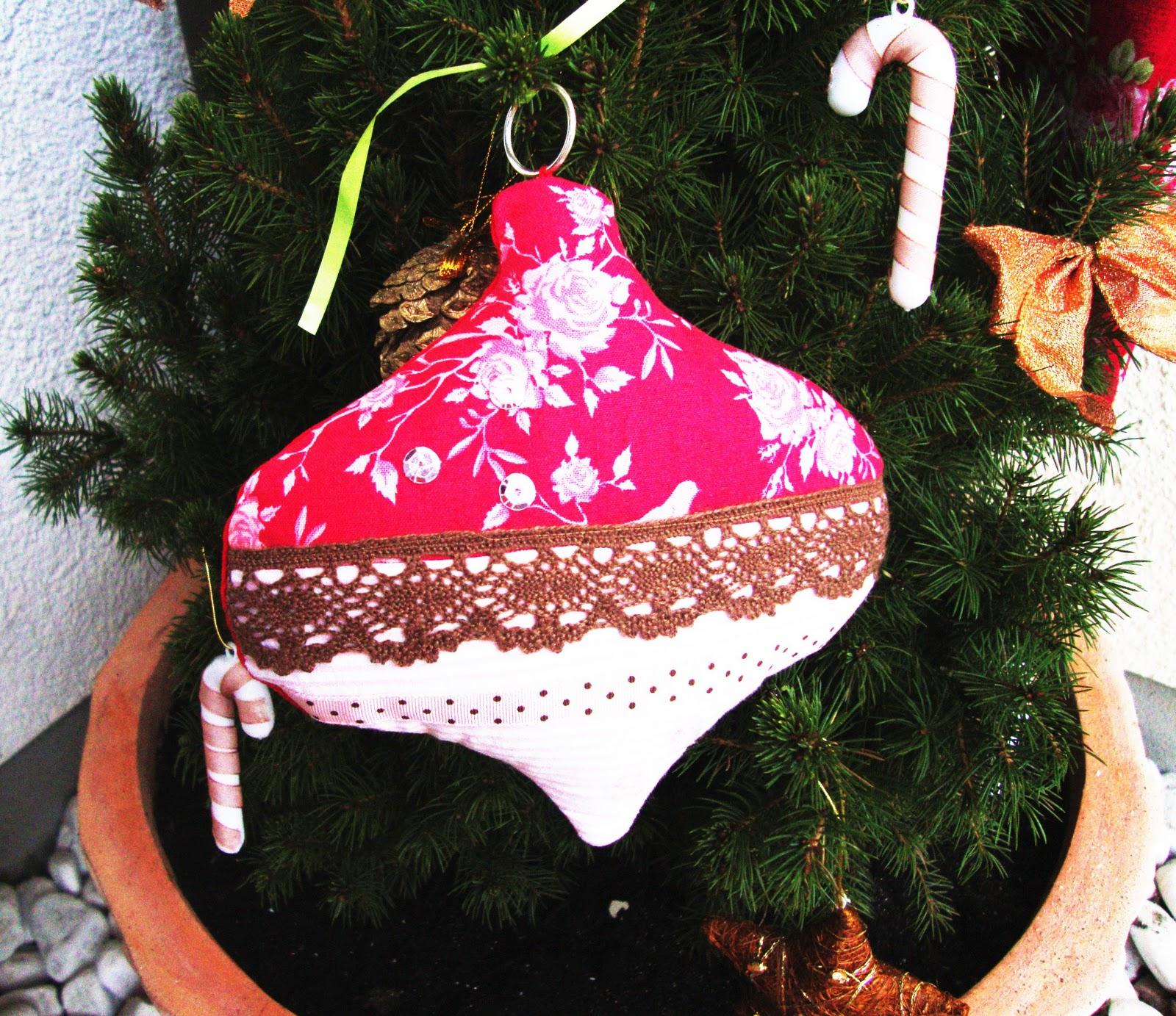 Die tilda s chtigen nostalgische weihnachtskugeln for Nostalgische weihnachtskugeln