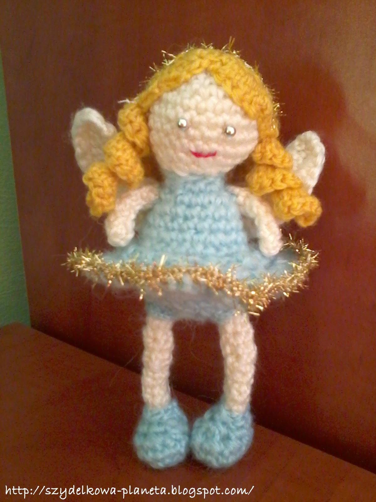szydełkowy aniołek