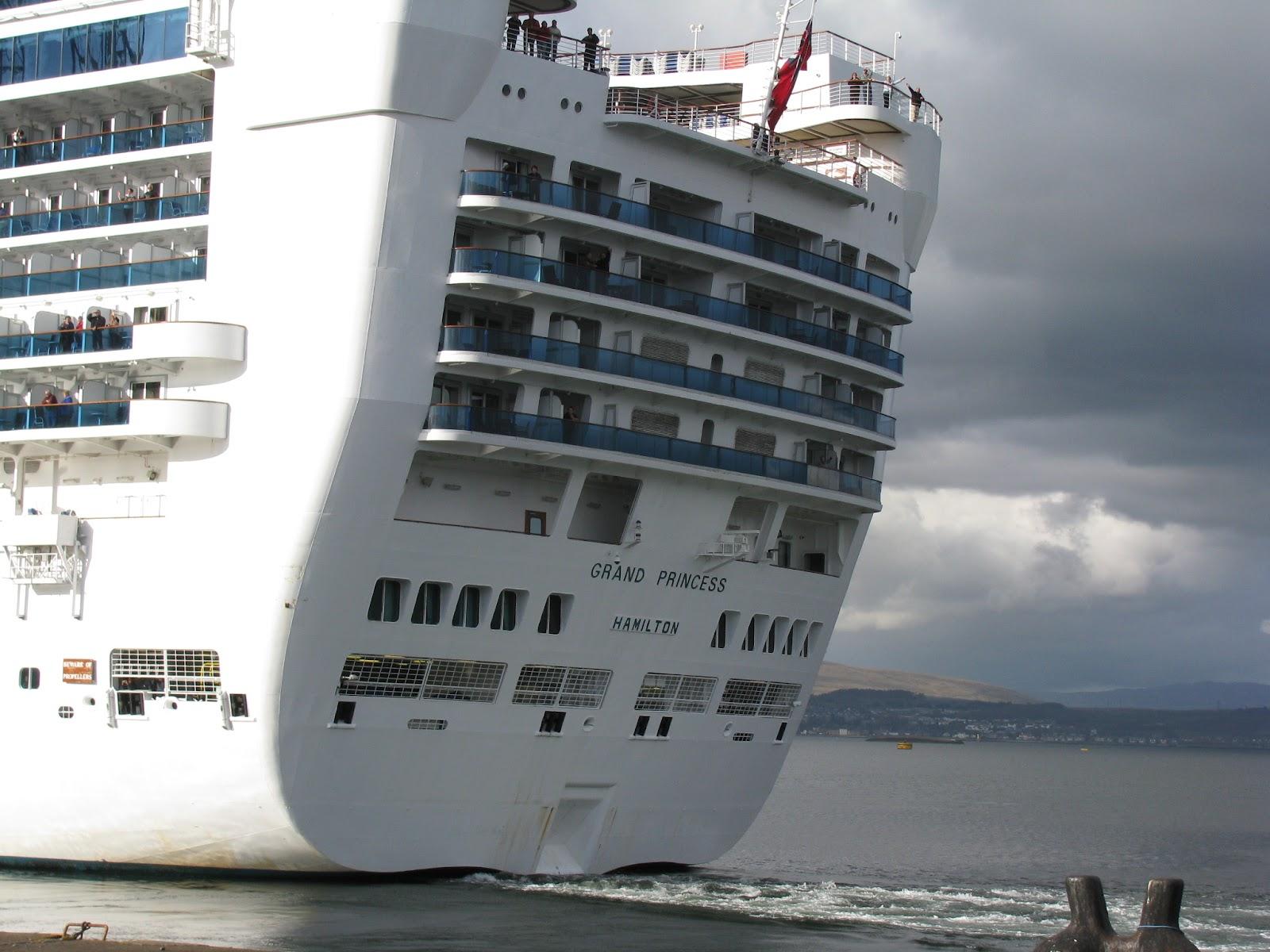 Greenock Welcomes Cruise Ships Shortbread Ginger - Cruise ships at greenock