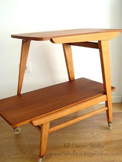 Muebles estilo danés, camareras vintage