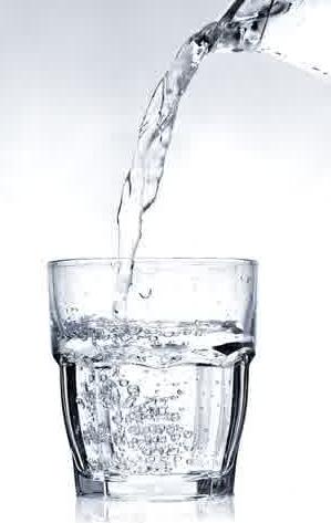 Manfaat Air Putih Hangat pagi hari
