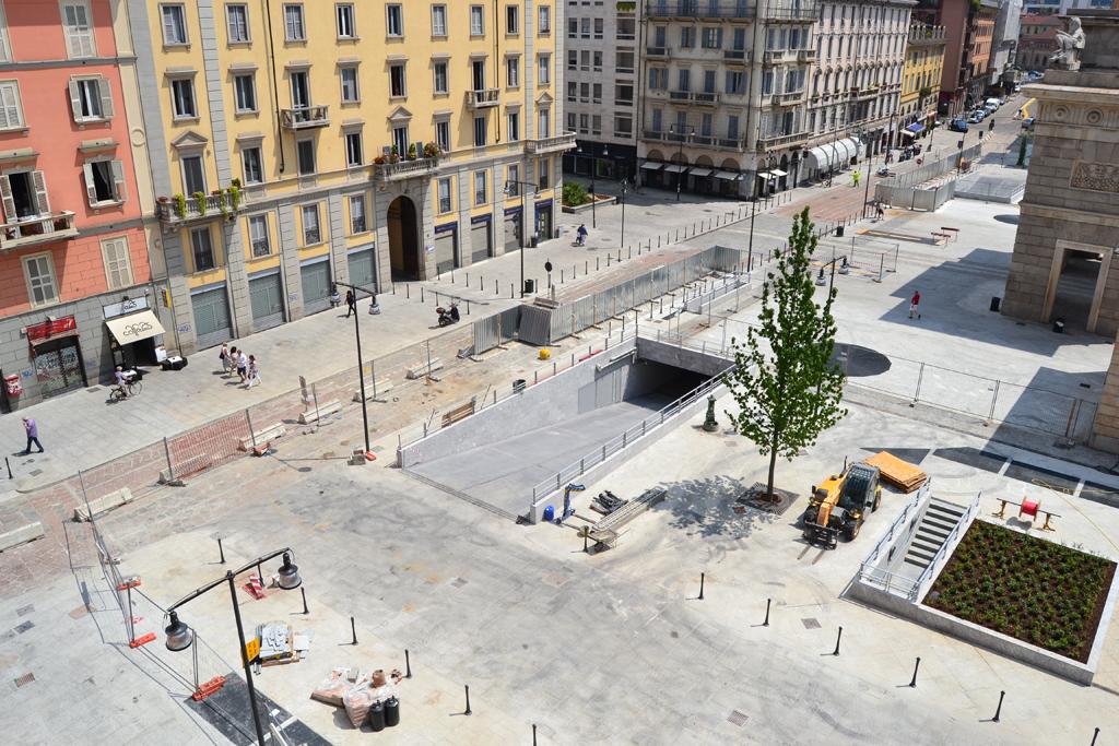 Pro pup roma a milano ha inaugurato piazza xxv aprile le for Arredo urbano roma