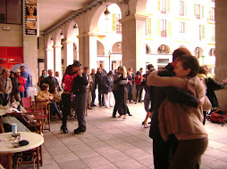 MILONGA EN LA CALLE-OPEN AIR 15/04/2012