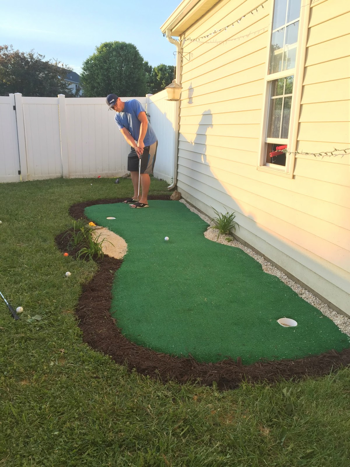 Little Bit Funky: How to make a backyard putting green ...