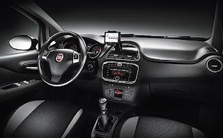 Fiat Punto 2012 posteriore