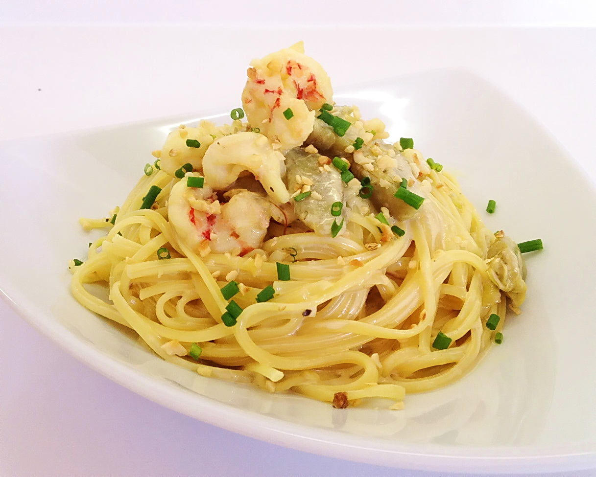 ... Seasonal Food: Linguine with Prawn, Artichoke and Saffron Sauce
