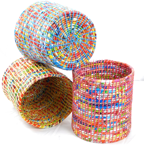 Recycled waste basket recycling center - Recycled can art projects ...